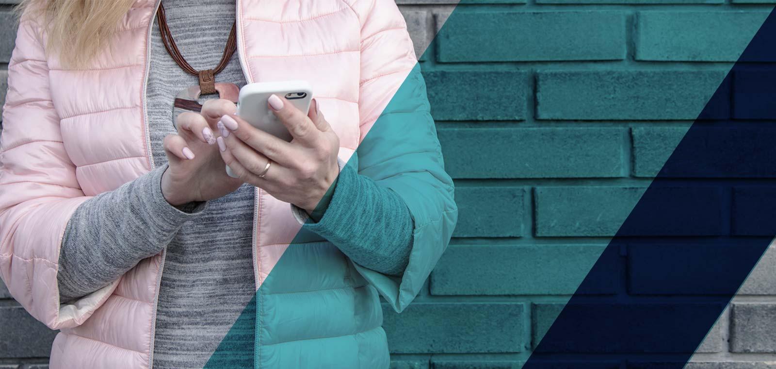 Din prima zi poți să oferi membrilor o aplicație de mobil prin care pot să își administreze activitatea și să acceseze în orice moment informații despre abonamente și documentele lor. <br>Rezervarea locului la clase sau cumpărarea unui abonament nou vor deveni operațiuni simple, pe care membrii sălii tale de fitness le vor aprecia.